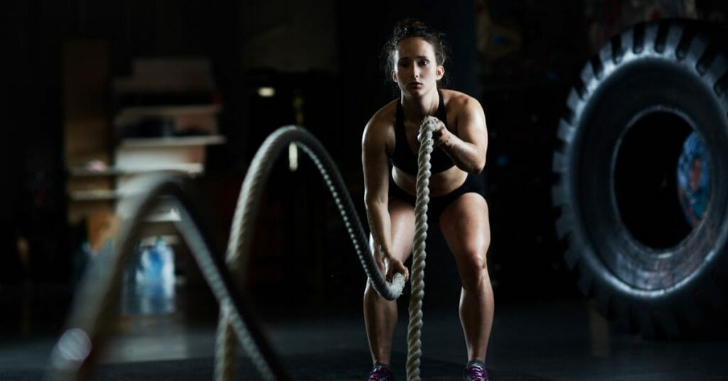woman doing cross fit