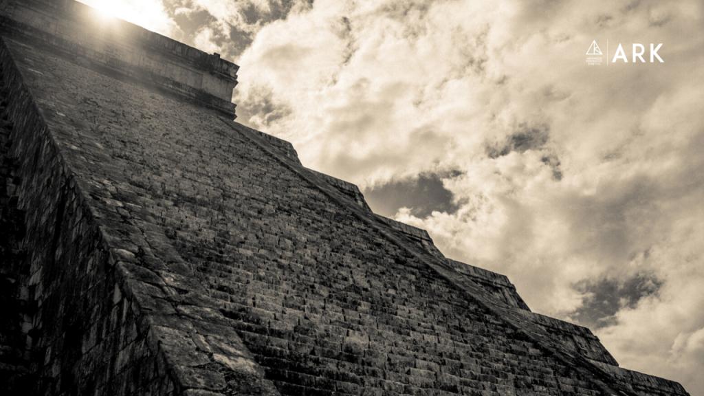 Resonance Trip - Mexico - Chichen Itza el Castillo Temple of Kukulcan